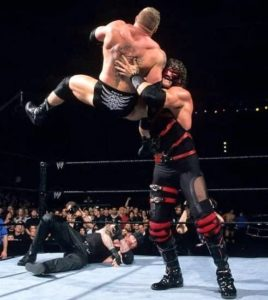Kane finishing move Chokeslam