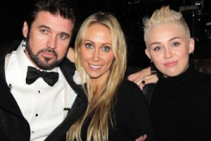 Miley Cyrus with her Parents