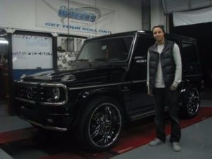 Stephen Curry with his Mercedes