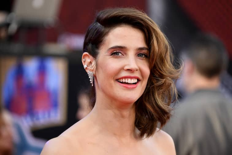 Cobie Smulders Wiki Height Weight Age Boyfriend Family Biography More