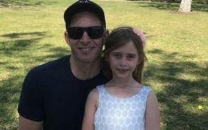 Tarek El Moussa with his daughter