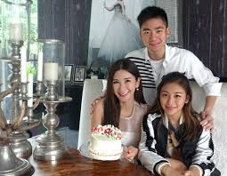 Jamie Chua with son & daughter