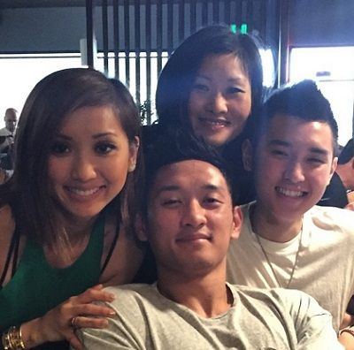 Mai Song Brenda Song S Mother Biography Age Wiki Height Weight Boyfriend Family More