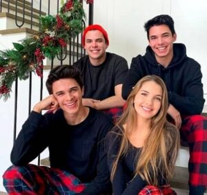 Brent Rivera with his brothers & sister