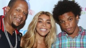 Kevin Hunter with his wife & son