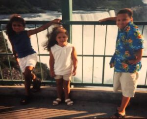 Alexi McCammond with her brother & sister