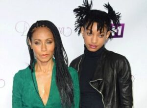 Willow Smith with her mother