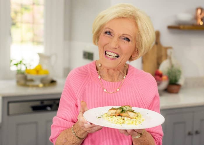 Mary Berry Biography Age Wiki Height Weight Boyfriend Family More