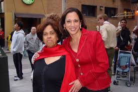 Kamala Harris with her mother