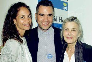 Cash Warren with his mother & sister Kekoa