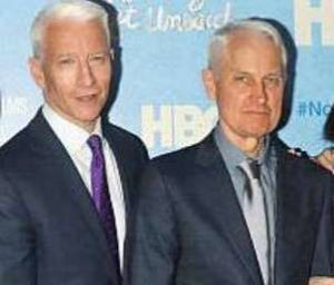 Anderson Cooper with his brother Leopold