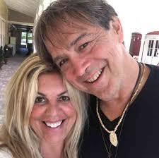 Alexis Ren's parents