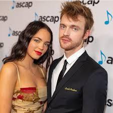 Claudia Sulewski with her boyfriend Finneas