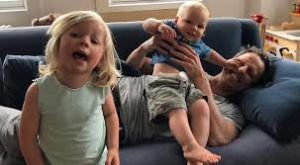 Seth Meyers with his children