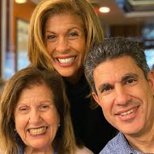 Hoda Kotb with her mother & brother