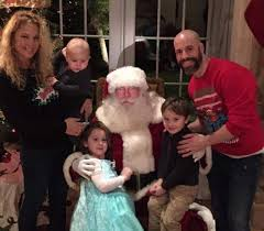 Deanna Daughtry with her husband & children