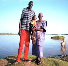 Bol Bol with his parents