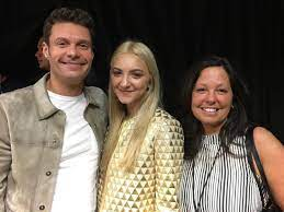 Julia Michaels with her parents