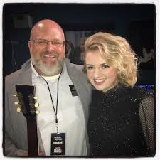 Maddie Poppe with her father