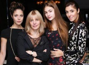 Anastasia Shubskaya with her sisters