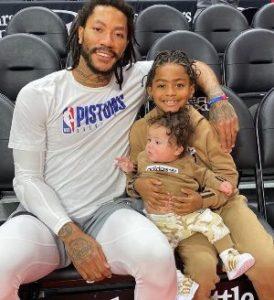 Derrick Rose with his children