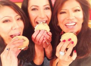 Julie Chen with her sisters