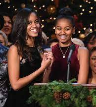 Malia Obama with her sister