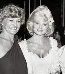 Loni Anderson with her mother