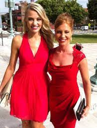 Carley Shimkus with her sister
