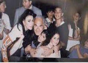 Nikki Mudarris with her family
