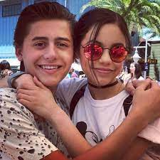 Isaak Presley with his girlfriend