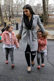 Emma Coronel Aispuro with her daughters