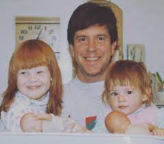 Tom Bergeron with his daughters