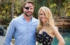 Dan Crenshaw with his wife