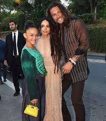 Lola Iolani Momoa with her parents