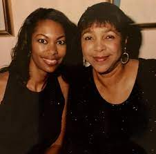 Harris Faulkner with her mother