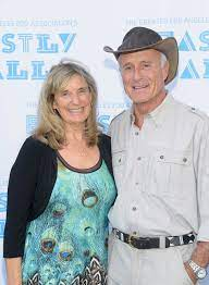 Jack Hanna with his wife