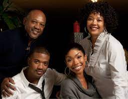 Brandy Norwood with her family