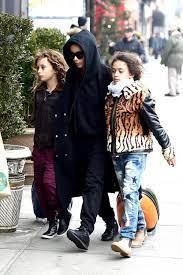 Zoe Kravitz with her siblings