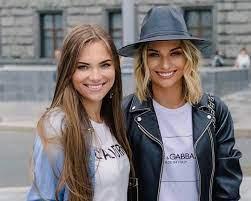 Irina Baeva with her sister