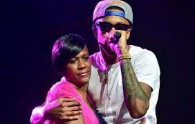 August Alsina with his mother