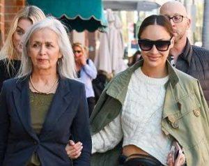 Cara Santana with her mother