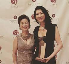 Jeanette Lee with her mother