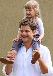 Joshua Jackson with his daughter